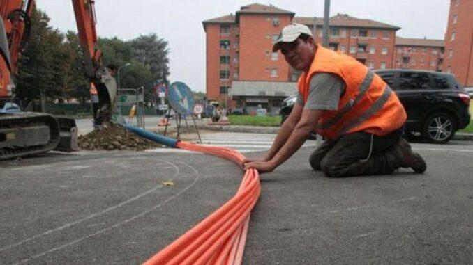 fibre ottiche lungo strade provinciali